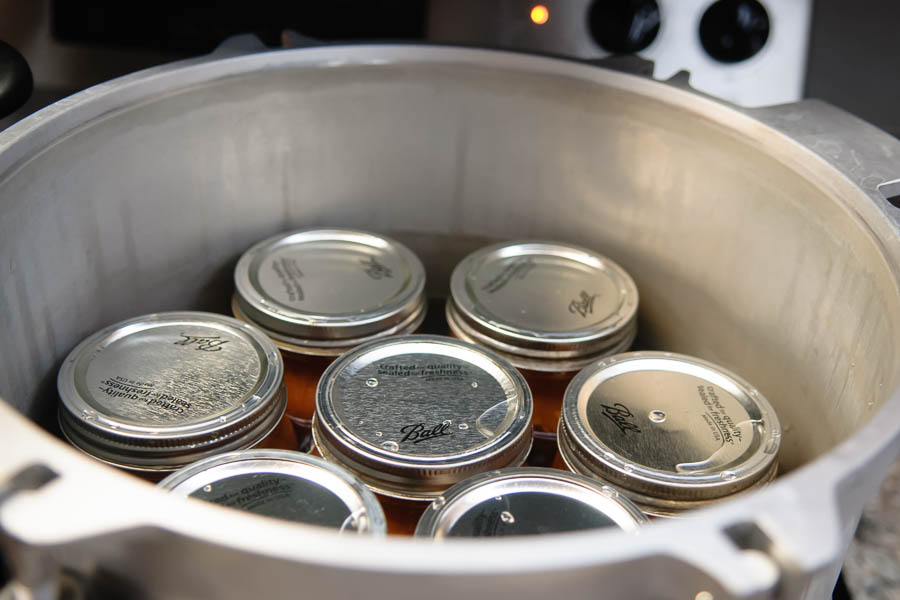 put jars in canner